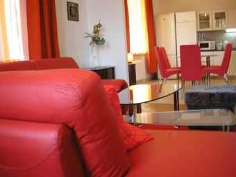 98-apartment-danube-cheap-bratislava-vacation-rentals-living-room-jpg